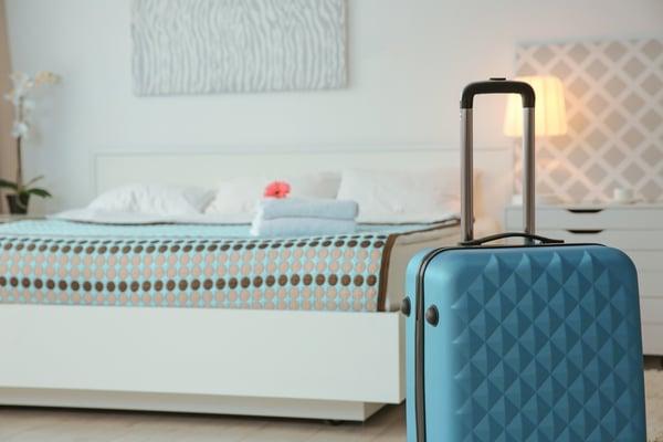 hotel-room-bag